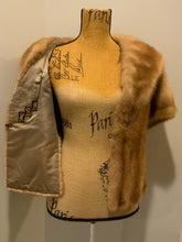 Load image into Gallery viewer, Vintage Fur caplet Stole