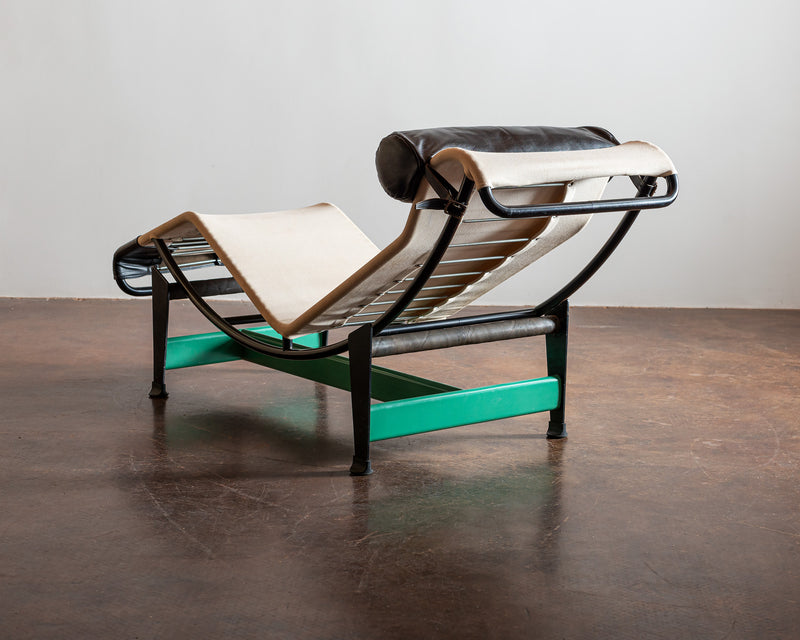 Cassina Re-edition Le Corbusier LC4 Chaise with Green Base