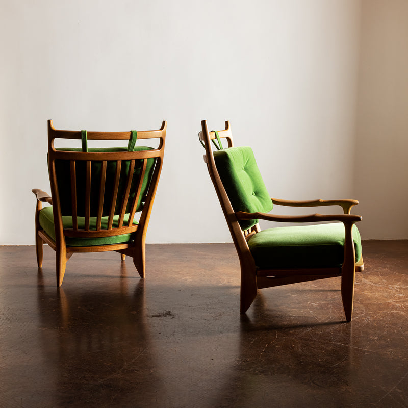 An Elegant Pair of Guillerme et Chambron Lounge Chairs in Oak. France, 1960s