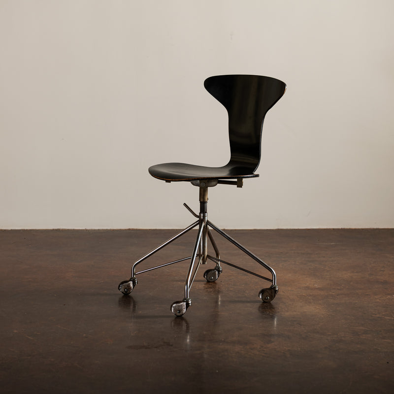 Arne Jacobsen for Fritz Hansen Swivel Office Chair, Denmark, 1960s