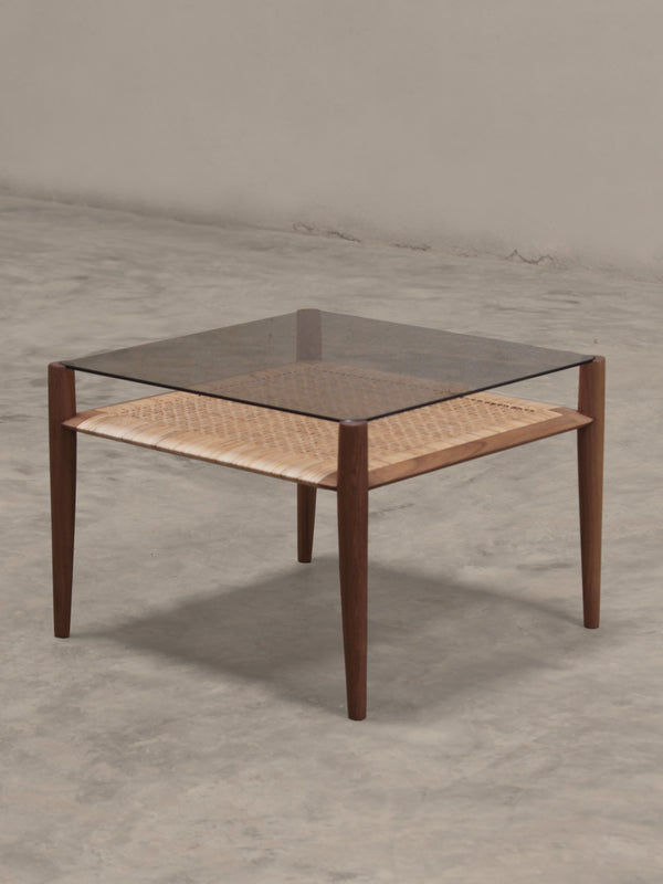 Phantom Hands Tangāli Side Table