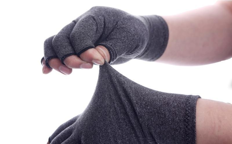 Ease Of Use Compression Gloves - TEROF