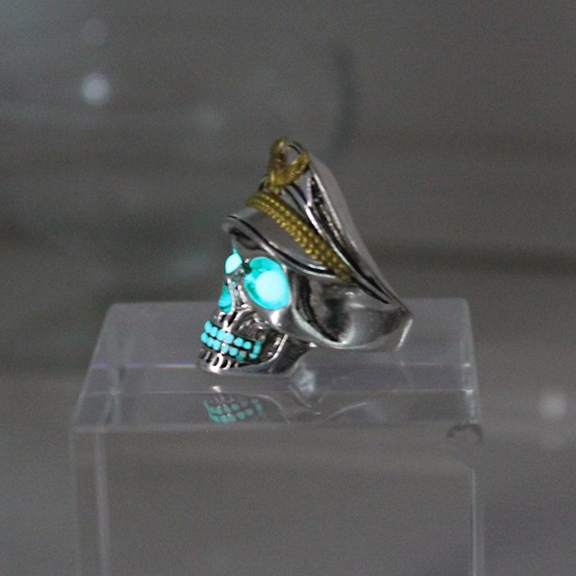 Glowing Skull Ring - TEROF