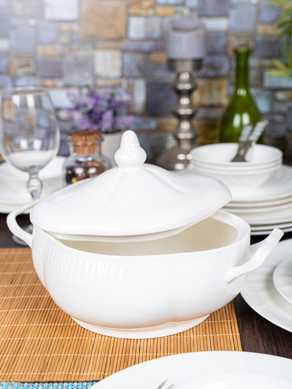 GOODHOMES Bone China Serving Bowl with Lid BCSBWL