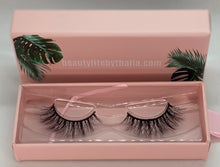 Load image into Gallery viewer, MALIBU 3D LUXURY EYELASHES