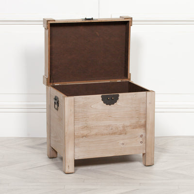 Rustic Wooden Trunk - Husoe Home