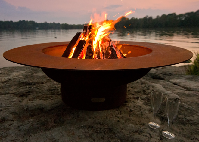 Fire Pit Art Magnum with Lid Fire Pit + Free Weather-Proof Fire Pit Cover - The Fire Pit Collection