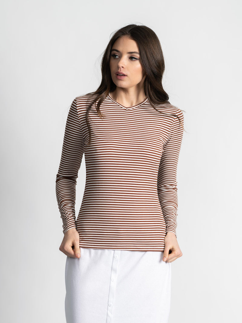 STRIPED HIGH V TEE