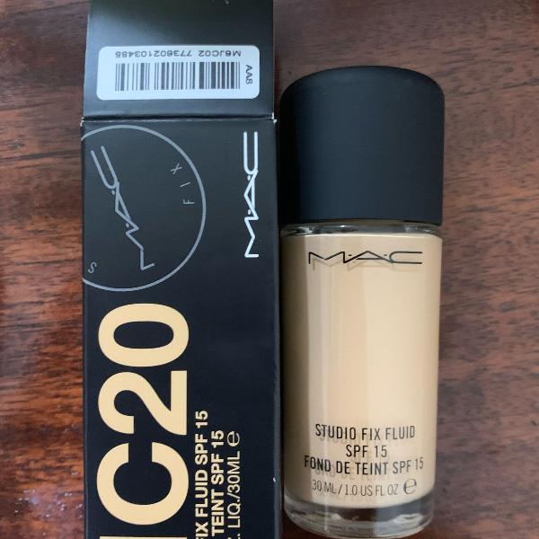 M.A.C Studio Fix Liquid Foundation NC20