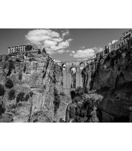 Ronda 2 (Black and White)