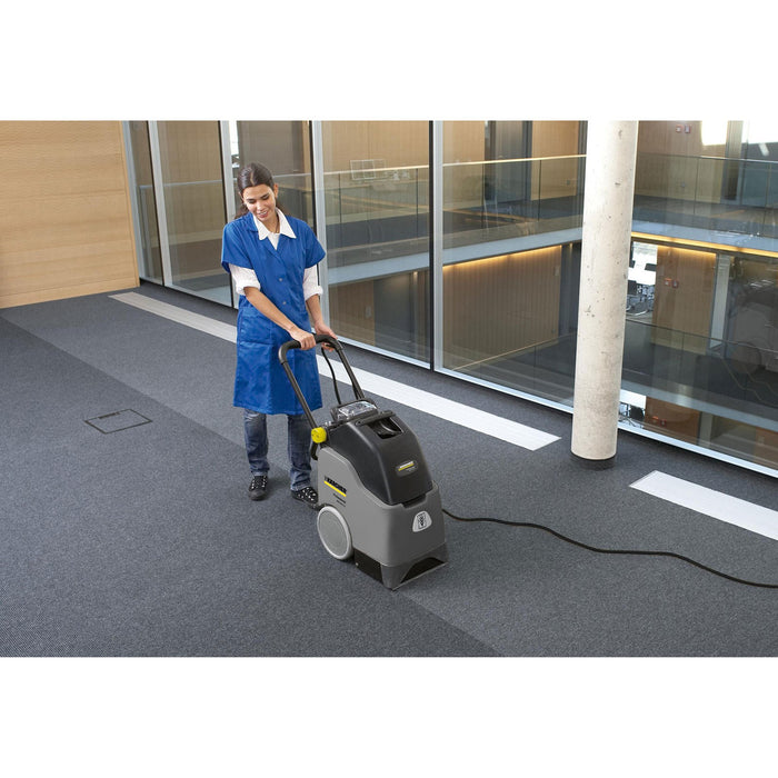 Karcher BRC 30/15 C Professional Upright Carpet Cleaner