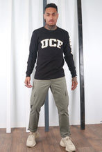 Load image into Gallery viewer, Vintage 90s Black Champion UCF T- Shirt. USA / Varsity. MEDIUM.