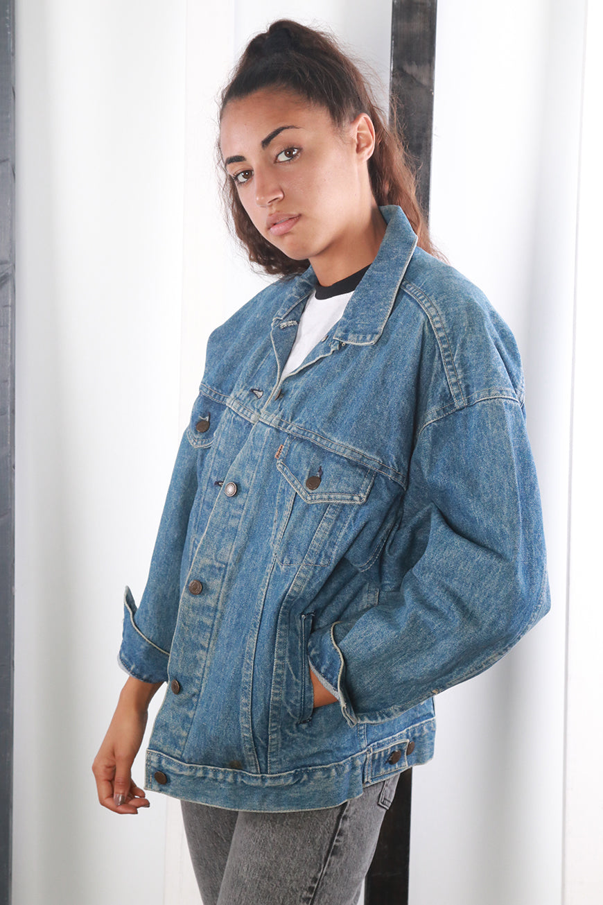 Vintage 90s Levi's Floral Patched Blue Denim Lined Jacket. SMALL