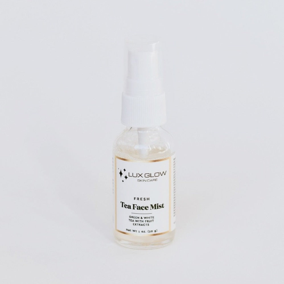 Spritz a spray of natural freshness with our Face Mist. Our base of green and white tea combined with a blend of fruit extracts and aloe leaf juice creates an antioxidant-rich water to provide skin nourishment. Our complex of essential amino acids provides a youth-boosting moisture to tone, hydrate and soften skin. Ingredients such as Niacinamide and Mandelic Acid helps brighten skin appearance and even skin complexion.
