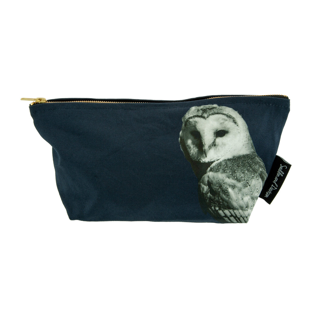 Barn Owl Wash Bag - Blackberry