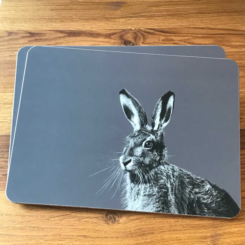 Hare placemat - charcoal