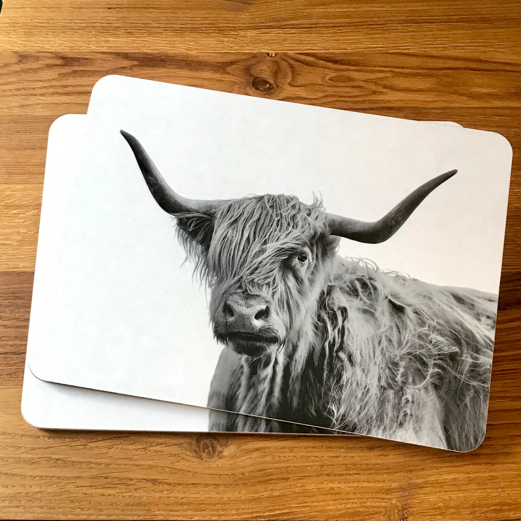 Shaggy Highland Cow Placemat - White