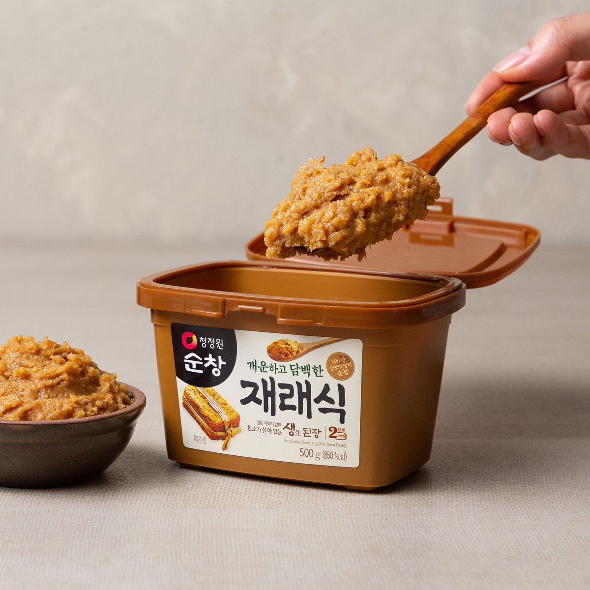 Korean Soybean Paste 재래식 생된장 (500g) | Chung Jung One