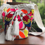 Load image into Gallery viewer, Wayuu Parrot