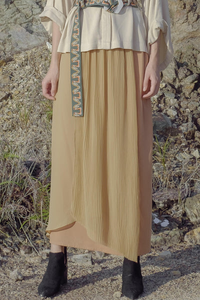 Pleated Layered Skirt in Brown