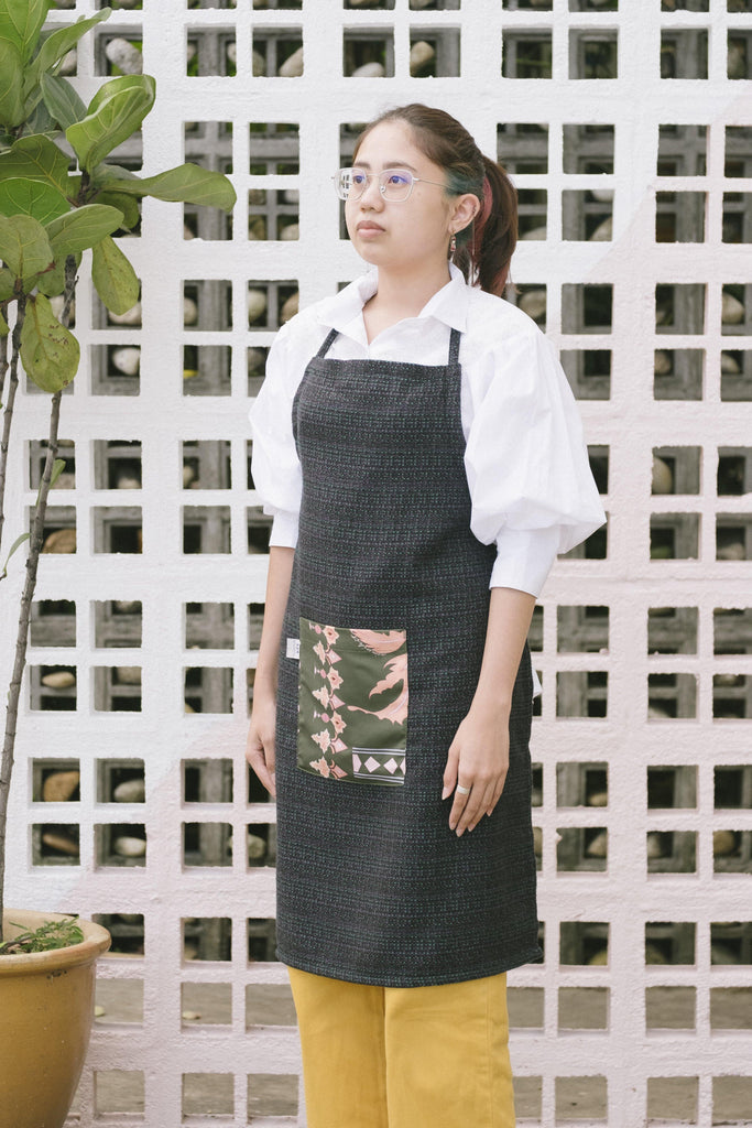 The Kita Apron - Green Tweed