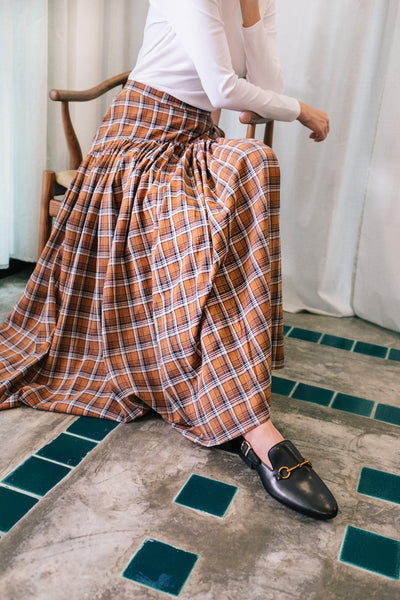 Yoke Waist Checkered Skirt in Brown