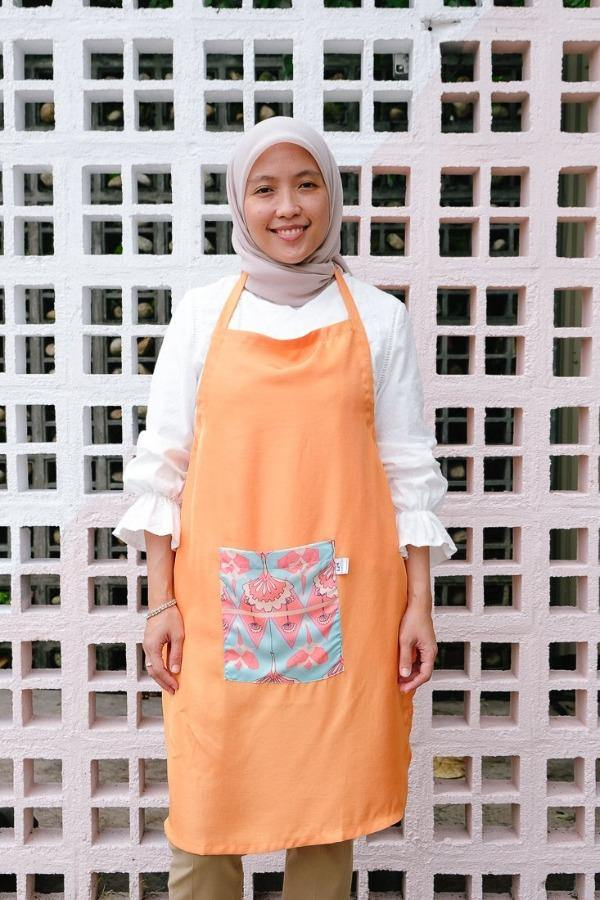 The Kita Apron - Orange Etta