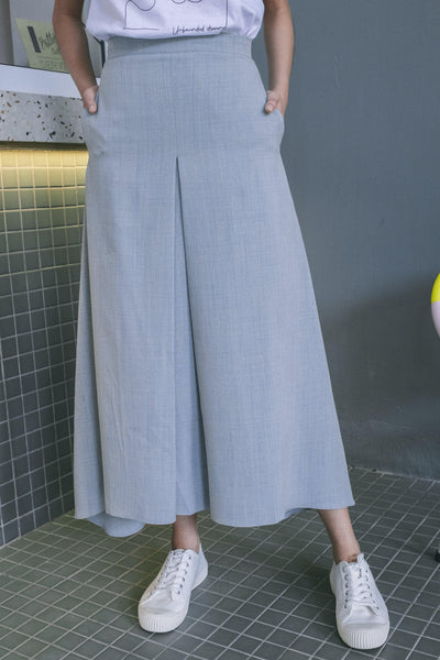 Boxy Skirt with Front Box Pleat in Grey