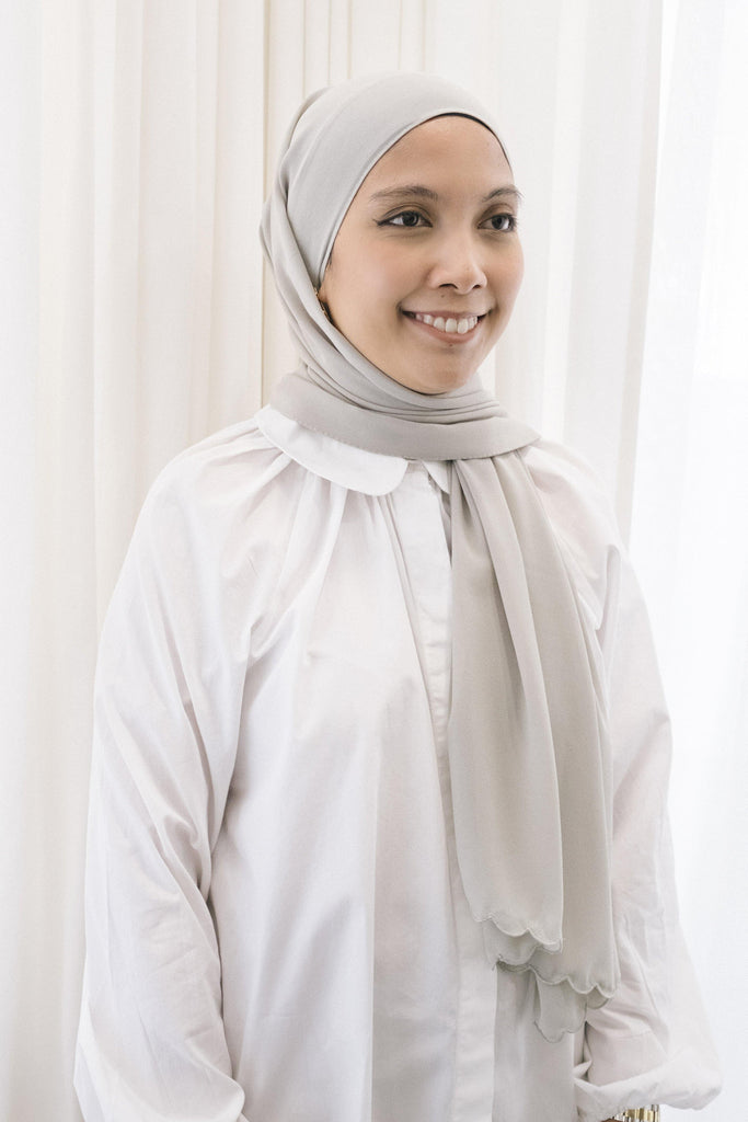 Lebaran Plain Shawl in Grey
