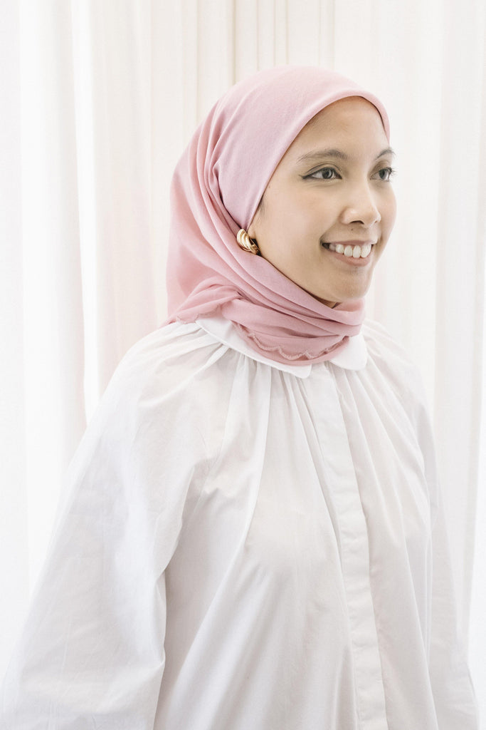Lebaran Plain Square in Soft Pink