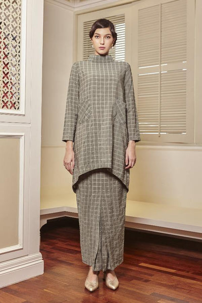 Evelyn Front Pocket Kurung Set