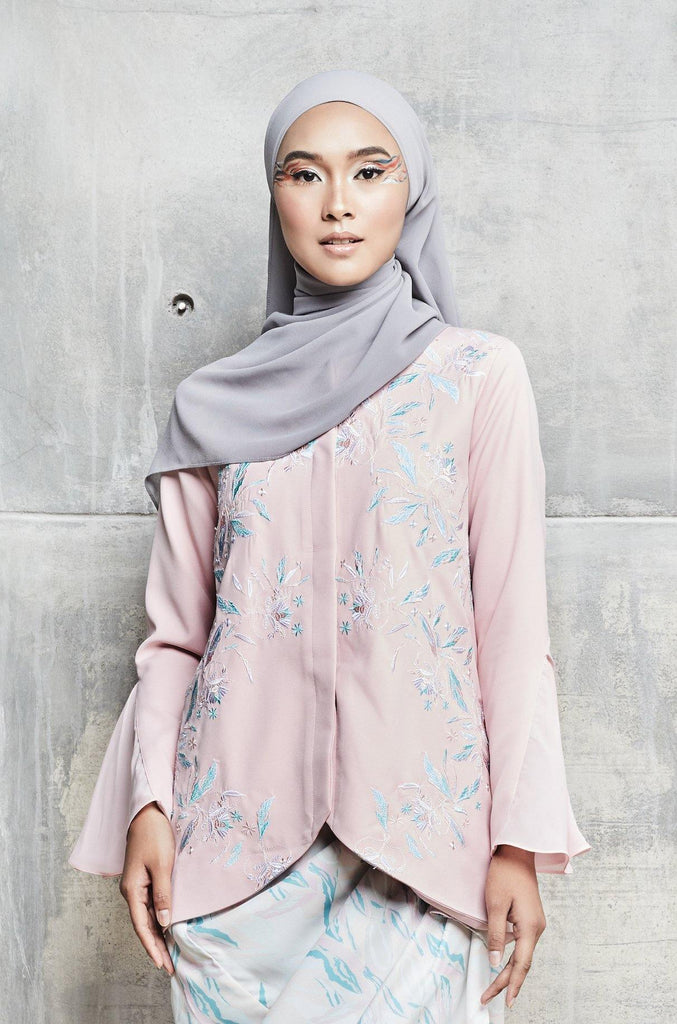 Roza Embroidered Top with flare cuff in Dusty Pink