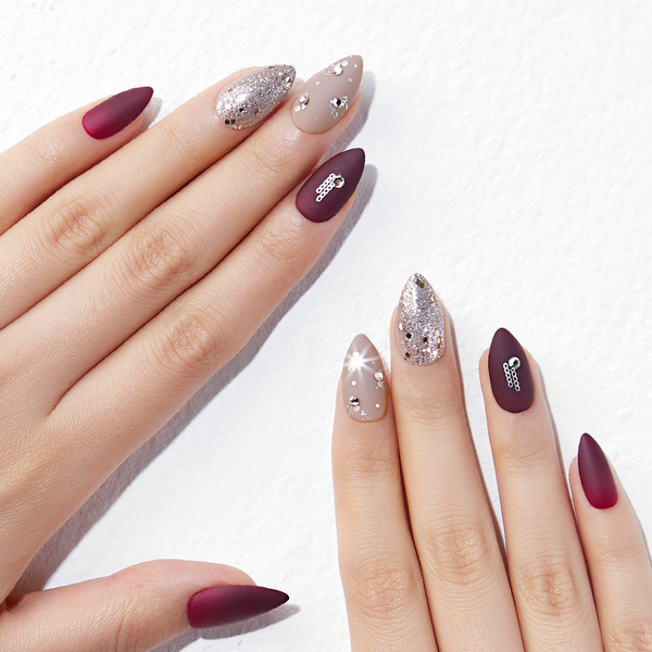 Magic Gel Press Manicure: MDR812ST (Stiletto)
