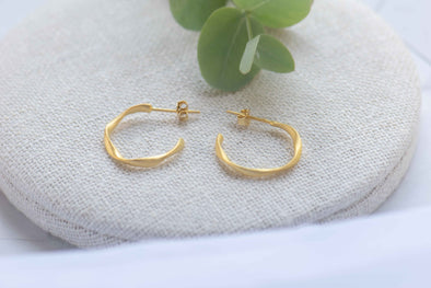 Twisted earrings 18k gold plated