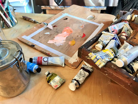 photo of oil painting materials