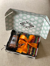 Load image into Gallery viewer, Large Sweet & Savory Gift Set
