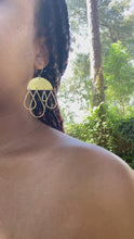 Load and play video in Gallery viewer, Sun shower earrings