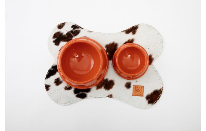 Duepuntootto Cowhide Bruce Dog Placemat
