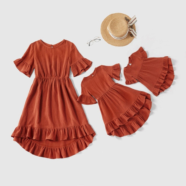 Family Matching Dress Mother And Daughter Clothes Family Look Mom Baby Girl Dresses 2020 Summer Ruffle Sleeve Matching Outfits