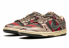 Load image into Gallery viewer, Nike Sb Dunk Low 'Freddy Krueger'