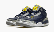 Load image into Gallery viewer, Air Jordan 3 Retro 'Michigan'