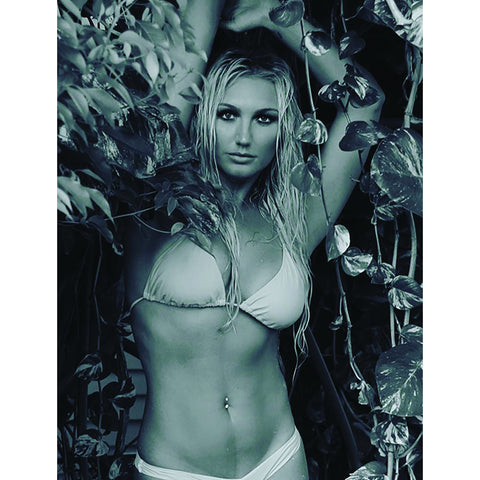 *Signed* Brooke Hogan BW 8 x 10 Promo