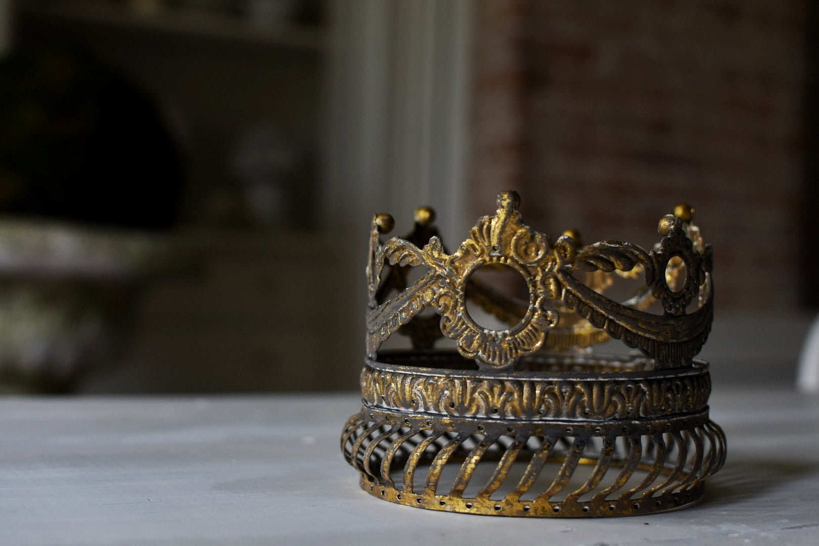 Gilded Crooked Crown
