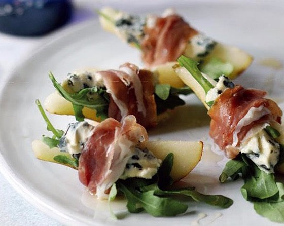 Honey roast pear wrapped with prosciutto, gorgonzola dolce latte & basil x 30