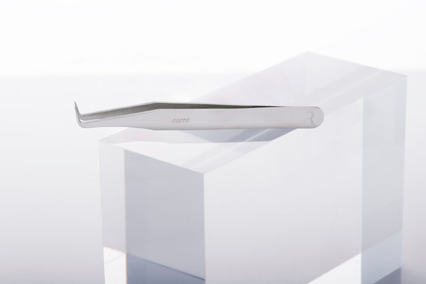Carré Mega Volume Tweezer