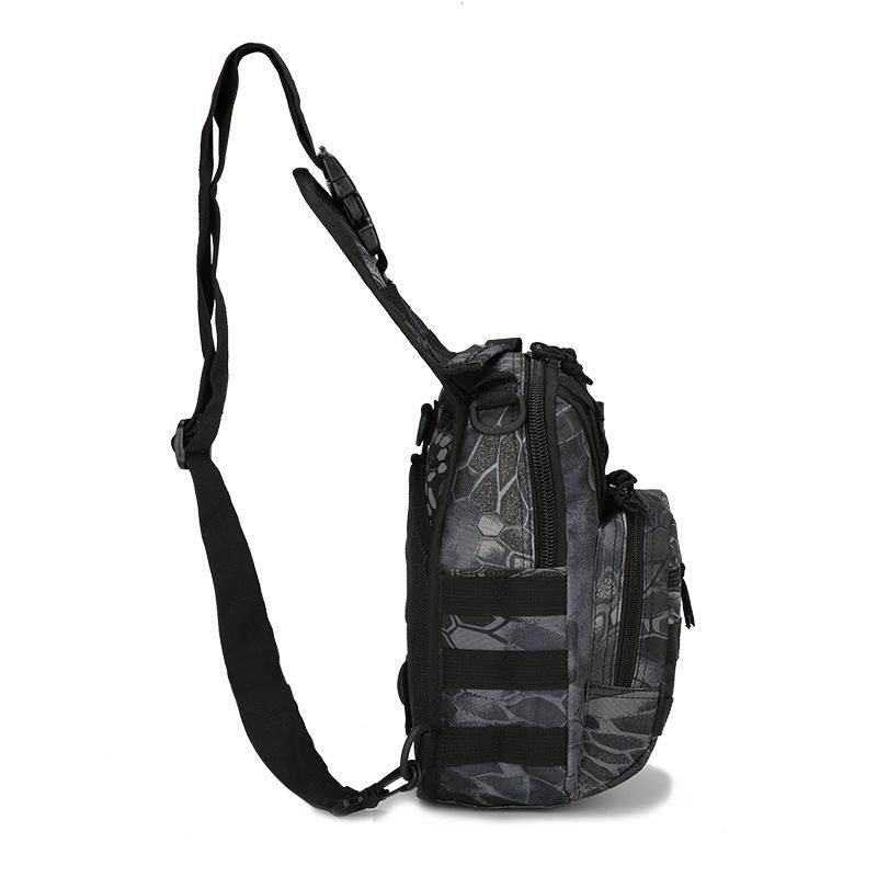 Men's small chest bag riding shoulder bag military camouflage tactical chest bag outdoor mountaineering portable shoulder bag