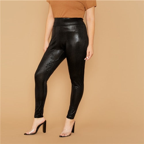 Plus Size Black Wide Waistband Snakeskin Crop Leggings