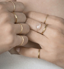 Stacked rings gold