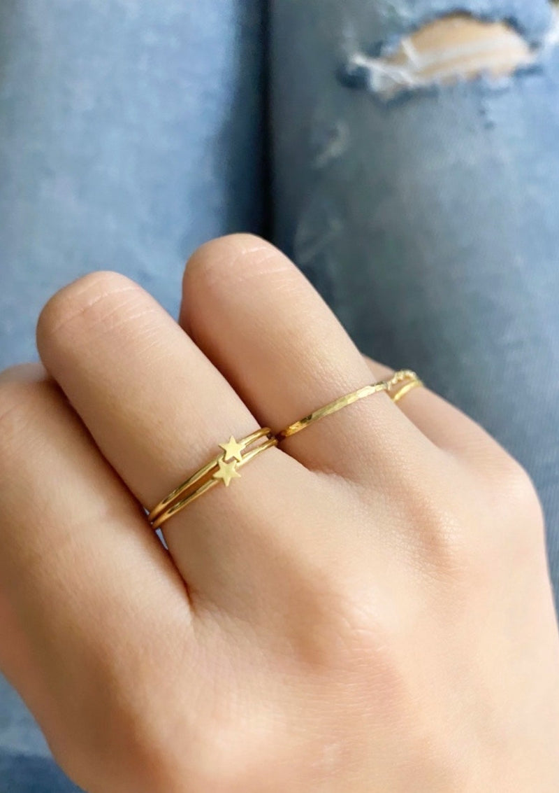 Tiny Star Minimalist Ring