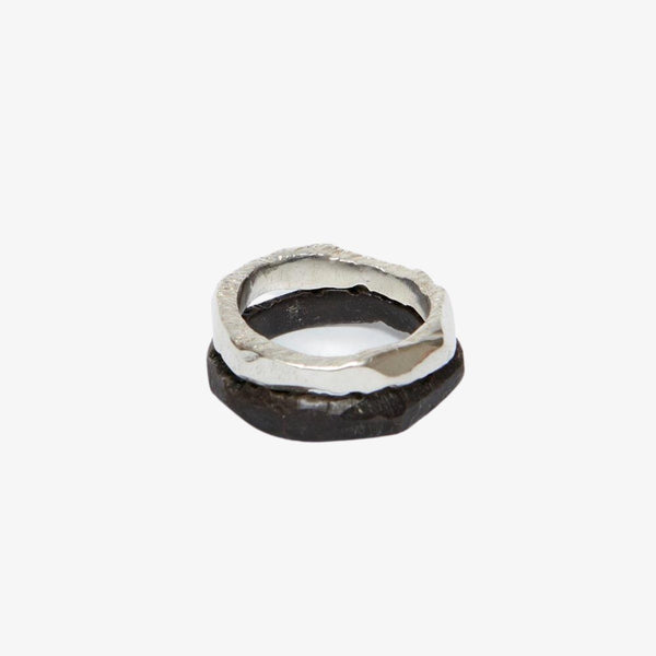 Fracture Stacks | Set of 2 Ring Black De Ville